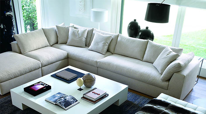 lewis_small_modular_sofa_01