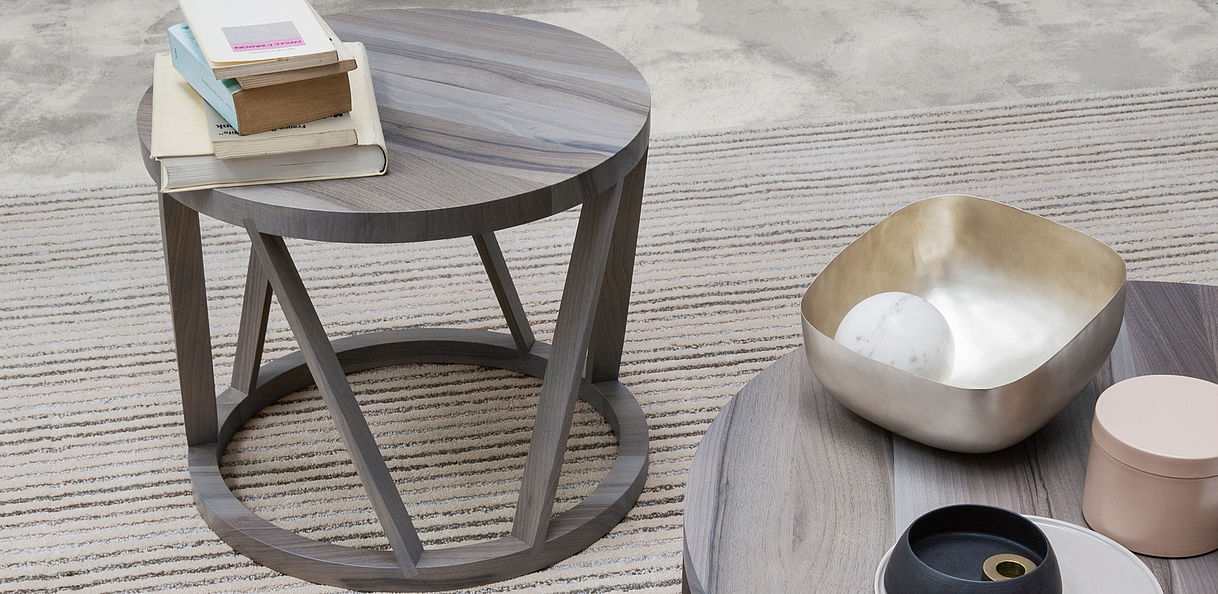 Rolf Benz 920 small table