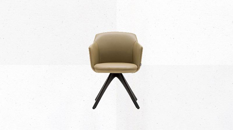 main_chair_640_01