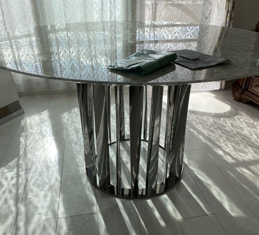 Cassina BOBOLI テーブル